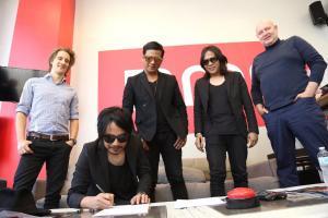 Speaker First Resmi  bergabung dengan Label International BMG