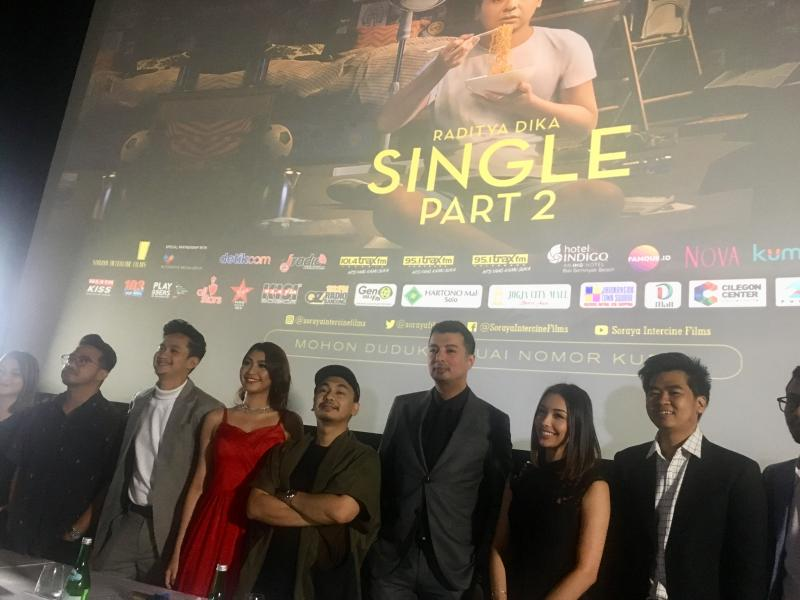 Film Single Part 2, Raditya Gandeng Youtuber