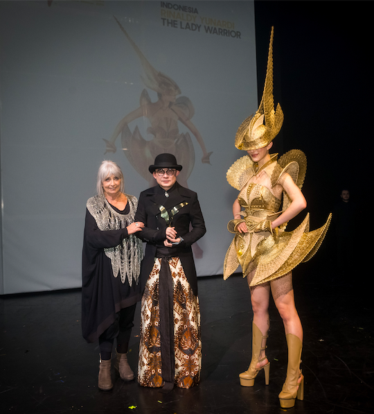 Yinaldy Yunardi Kembali Raih Penghargaan World of WearableArt Awards 2019